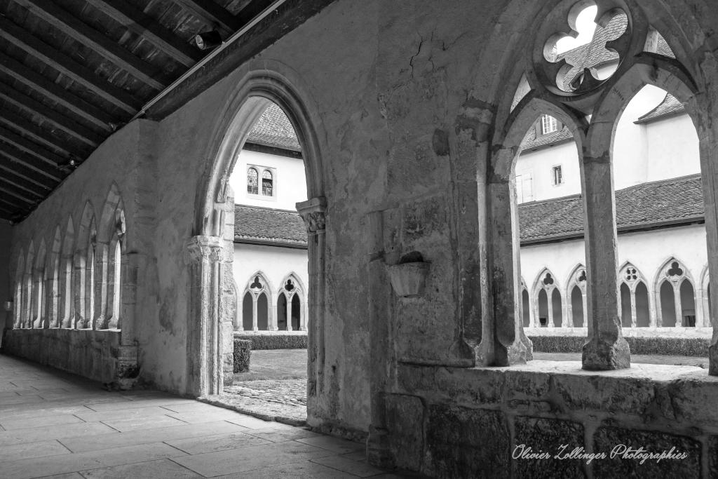 St-Ursanne (suisse): cité médiévale 2015